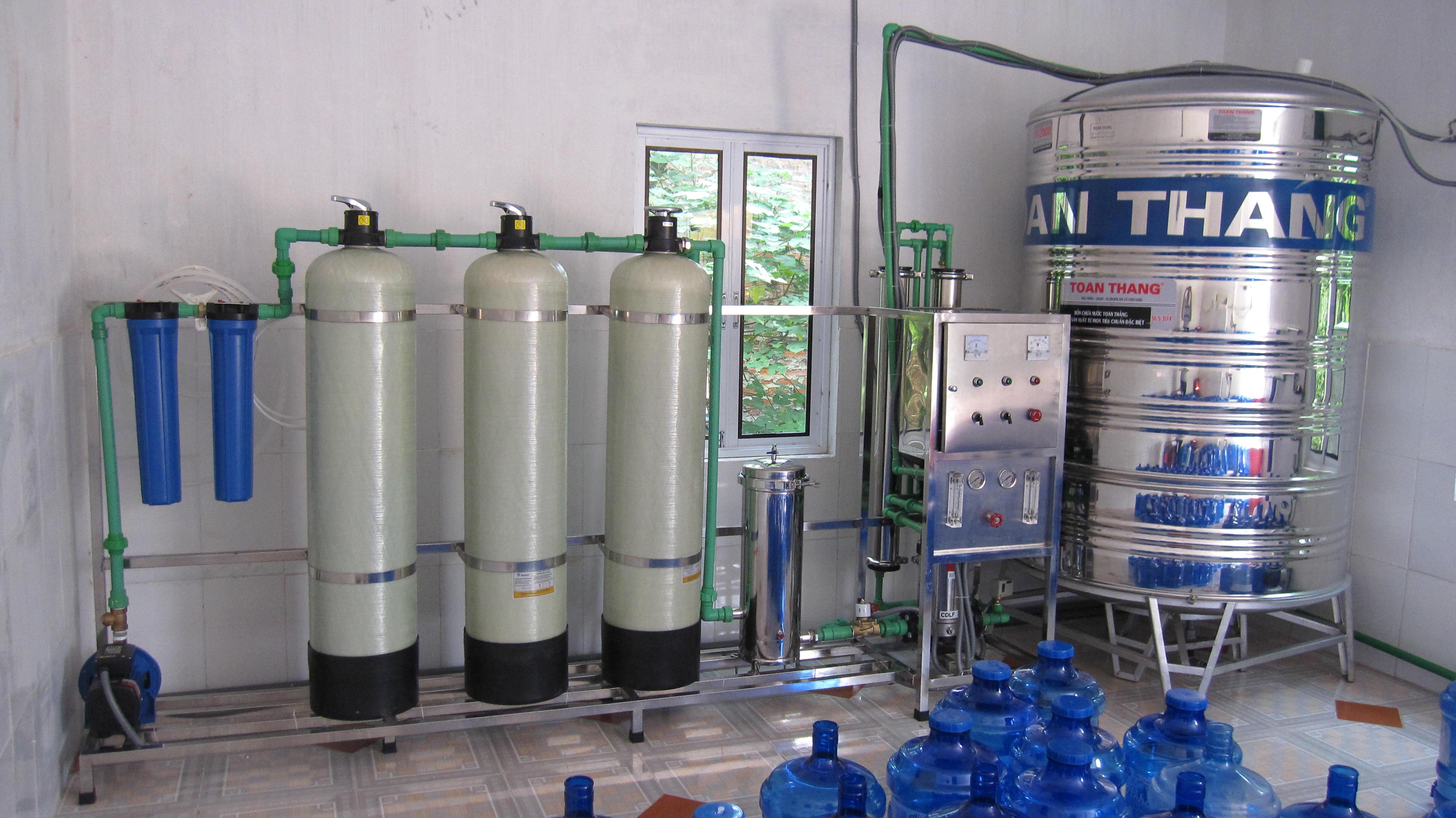 Xử lý nước tinh khiết đóng chai