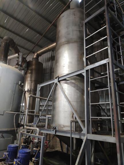 Tháp xử lý khí thải lò hơi đốt mùn cưa