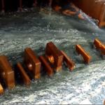 Bể xử lý nước thải bằng keo tụ điện hóa